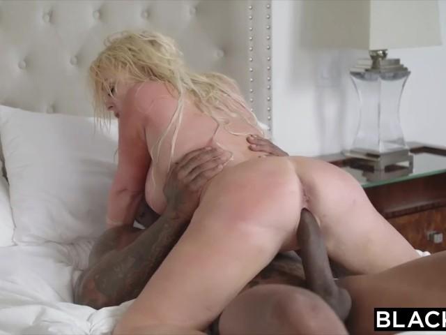 Jesse james naked pussy