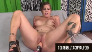 Golden Slut – Mature Women Getting Railed by Fucking Machines Compilation 7