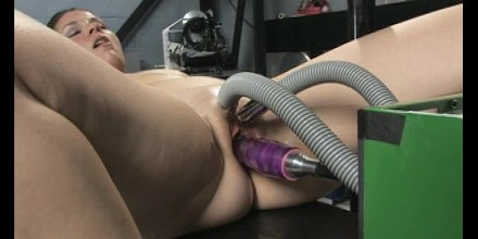 Antique Sex Machines - World Famous Fucking Machines Pound Another Girl - Free Porn Videos -  YouPorn