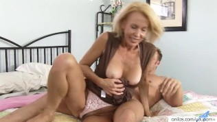 mature couger porn black celebrity pussies