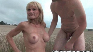 Mature moms getting fcked