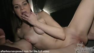 noch-lyubitelskogo-striptiza-video-foto