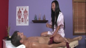 Tia Gives Extra Service In Massage Parlor
