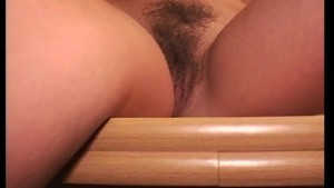Hairy MILF enjoys herself