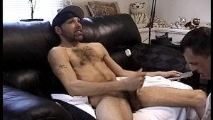 Watching YouPorn while getting it on with his guy pal (CLIP)