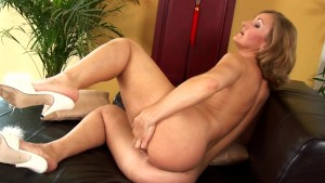 Mature Ursula amuses herself with a toy - CzechSuperStars