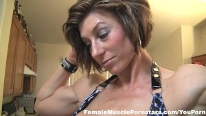 Mistress Amazon Muscle Worship