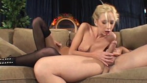 Blondie gets her ass fucked - Un-Plugged