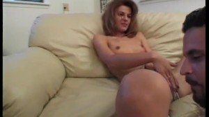 She's wet, she's hot and she wants to fuck - Scene 3 - CDI