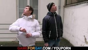 Hetero guy's first anal pounding