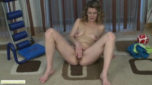 Mature Wife Kelli Fingers Hairy Pussy