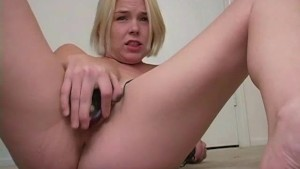 Little Miss Squirter - Sologirlcontent