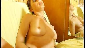grosse chatte blonde elle sodomise son mari