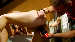 Dude makes his gf pay dinner with blowjobs - Kemaco Studio
