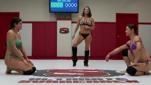 Penny Barber vs Jayogen - Two strong babes fight for the right to be on top