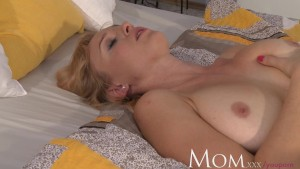 Housewife Sherry likes to finger her pussy when she has time to herself