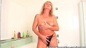 Grandma craves an intense orgasm
