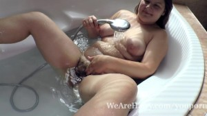 Enjoy Adelina have sexy alone shower and tubtime