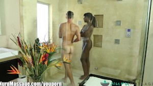NuruMassage Ebony Babe Ana Foxxx Gives Erotic Massage