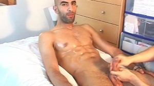 Seduced by straight guy: Samir get wanked his big cock by a guy !