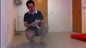 Sneezing Fetish Guy (Ian Mitchell) Sneezes in Flip Flops