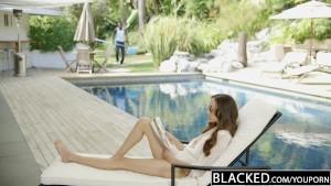 BLACKED Bored Girlfriend Fucks a BBC