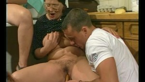 Young guys and some experienced pussy - Julia Reaves
