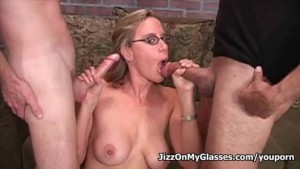 Sexy amateur starlet mouthfucked by three big cocks gets messy facial