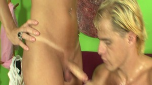 Babe Gets Covered In Cum - Magnus