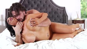 Busty Romi Rain fucked hard until she squirts