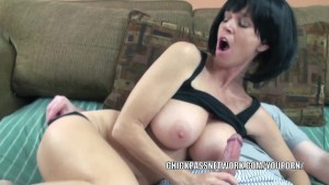 Slutty MILF Melissa Swallows gets her mature pussy pounded