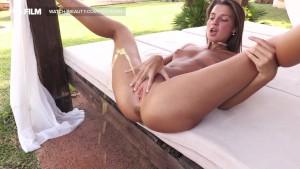 Sexy Russian Pee And Masturbation