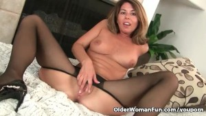 American milf Niki will whet your appetite for her pantyhosed pussy