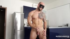 Bodybuilder David Jerks his Big Uncut Cock