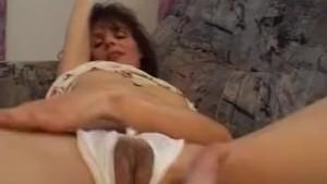 MILF Gives A Masturbation Private Show