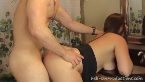 Streetwalking Niece Gets Facial From Step Uncle