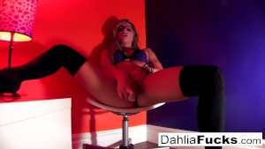 Sexy Tattooed blondie Daisy gets some good POV cock