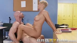 Brazzers - Dirty teacher Ryan Keely fucks students dad