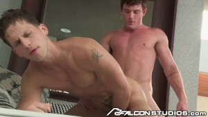 Big Dick Public Rough Sex For These Sexy Muscle Hunks