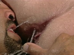 Muscle man gets cleaned to get fucked