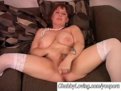 Chubby big tits amateur in stockings