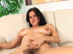 Natural unshaved Victoria solo - CzechSuperStars