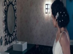 Esha Gupta - Raaz 3