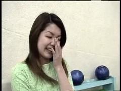 Small asian perv girl flashes her vagina at the bowling alley - D + C Media