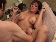Cute young couple needed extra money - Homemade Media