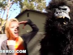 BANGBROS - Rebecca Blue, Tara Lynn Foxx and Katie Summers Monkey Around (bbw7798)