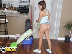 BANGBROS - Busty Latin Maid Julianna Vega Sucks And Fucks For Cash