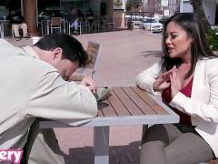 Kaylani Lei TrickTrickery - Kaylani Lei tricked into anal sex with a strangerery.mp4