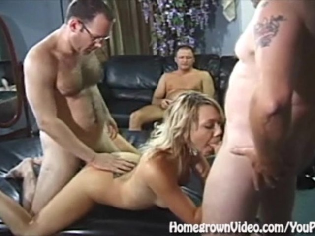 Kelly bundy masturbate