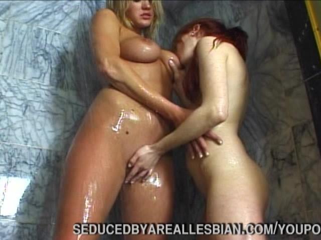 Really drunk girl party threesome